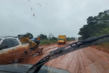 Motorista registra péssimas condições de rodovia no Araguaia