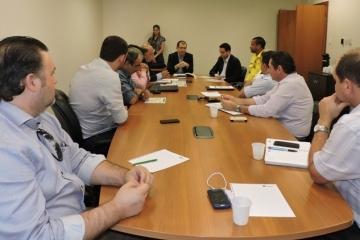 Trânsito em Cuiabá: operação de fiscalização é anunciada durante reunião com promotor