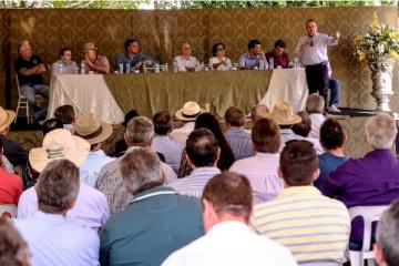 Fundo de Transportes é apresentado por Taques para produtores rurais