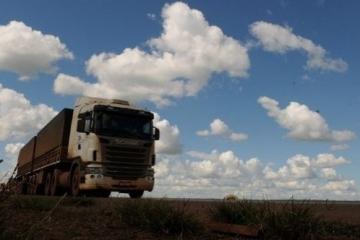 Governo federal regulamenta exame toxicológico para caminhoneiros