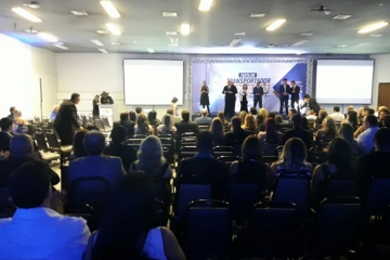 Sindmat entrega o troféu