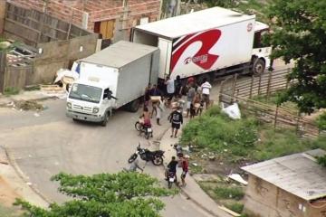 Mesmo com ação de tropas federais, um caminhão é roubado por hora