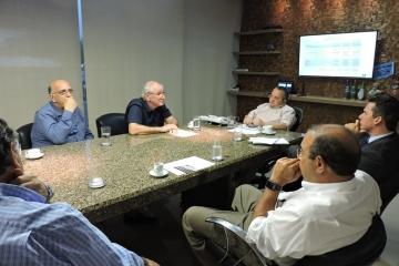 Segmentos de Combustíveis e Transportadoras rejeitam proposta de aumento no Fethab