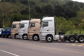 Vendas de caminhões sobem 57% em fevereiro