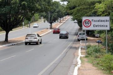 Radares devem ser instalados na Estrada do Moinho e cruzamento na Isaac Póvoas