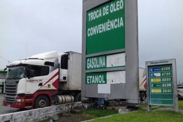 Após redução no RJ e MS, outros 3 estados avaliam baixar ICMS do diesel. Mato Grosso não adere