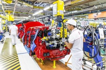 Produção de veículos sobe 9,3% nos últimos 12 meses, mas cai em julho com crise na Argentina