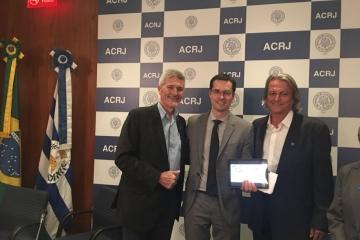 "Deltan Dallagnol ministra palestra na ACRJ e participa de reunião do projeto ""Unidos contra a corrup"