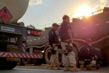 PRF registra mais de 300 infrações por transporte de produtos perigosos