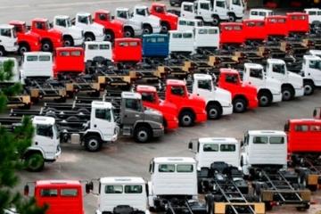 Locação de caminhões ganha impulso, mas divide empresas e especialistas