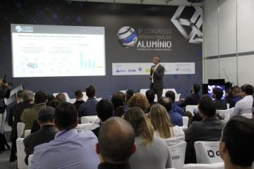 ExpoAlumínio reúne público altamente qualificado e dita tendências para os próximos anos