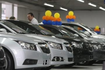 Venda de veículos novos cresce 10,24% em janeiro, diz Fenabrave