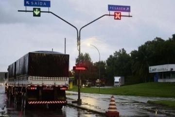 Governo suspende pontos de pesagem em rodovias federais