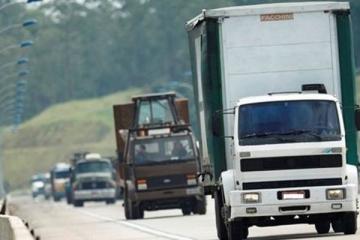 Decreto federal inclui serviços de transporte como atividade essencial