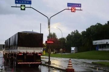 Pesagem de caminhões está suspensa nas rodovias estaduais de São Paulo