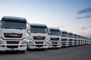 Alugar caminhões é alternativa para enfrentar a falta de crédito na crise