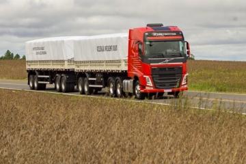 Safra colhida no verão vai manter setor de transportes de cargas até junho