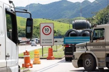 Deputado critica projeto de lei que pode autorizar aumento da tolerância de peso para caminhões
