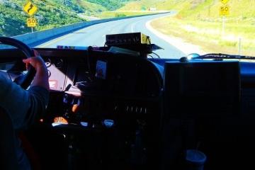 Governo trabalha para garantir abastecimento e apoiar caminhoneiros, diz Secretário dos Transportes