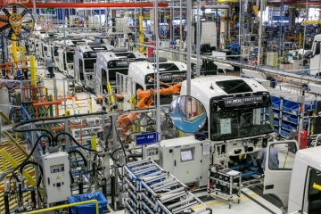 Venda e produção de caminhões deve cair mais de 30% em 2020