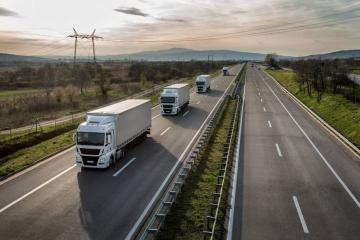 Demanda geral por transporte rodoviário de cargas recuou 38,27%
