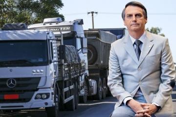 Bolsonaro vetou artigo de projeto que poderia autorizar excesso de peso em caminhões