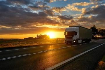 Demanda por frete rodoviário cresce 5% em varejo e indústria nos primeiros meses de 2020