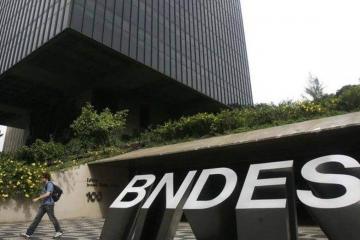 Empresas de grande porte podem pleitear crédito emergencial do BNDES