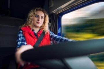 Pesquisa revela perfil da mulher do transporte rodoviário de cargas