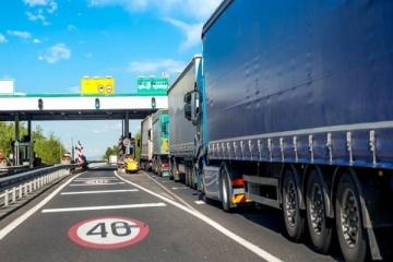 Movimento de caminhões fica estável nas rodovias pedagiadas