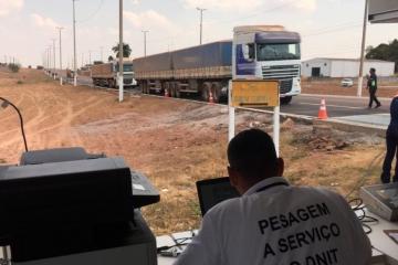 Sindicato apoia fiscalização do DNIT para coibir excesso de peso em carretas na BR-163 no Nortão