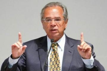 Economia brasileira pode cair menos de 4% em 2020, diz Guedes