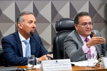 Comissão da Reforma Tributária ouve CNT e setores da economia nesta quarta (02)